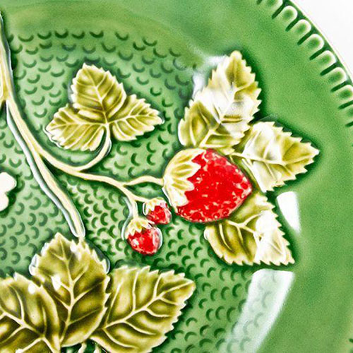 Тарелка десертная Bordallo Pinheiro Клубника 20см, фото