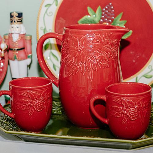 Красная чашка Bordallo Pinheiro Зима, фото