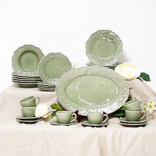 Зеленая глубокая тарелка Bordallo Pinheiro Артишок и птица, фото
