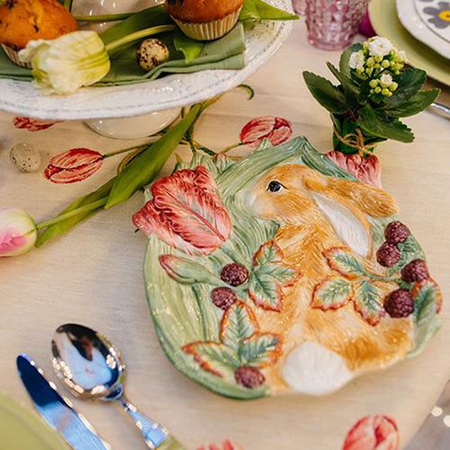 Тарелка десертная Fitz and Floyd Кролик в траве, фото