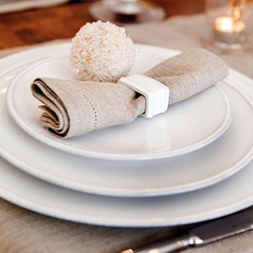 Держатель для столовой салфетки Costa Nova Friso белого цвета, фото