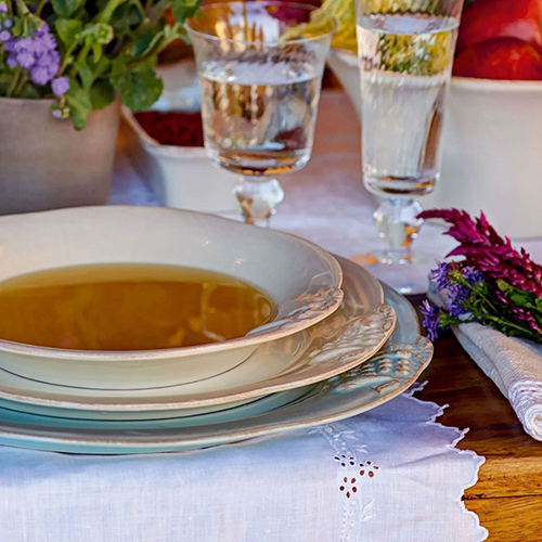 Тарелка обеденная Costa Nova Mediterranea бежевого цвета 30см, фото