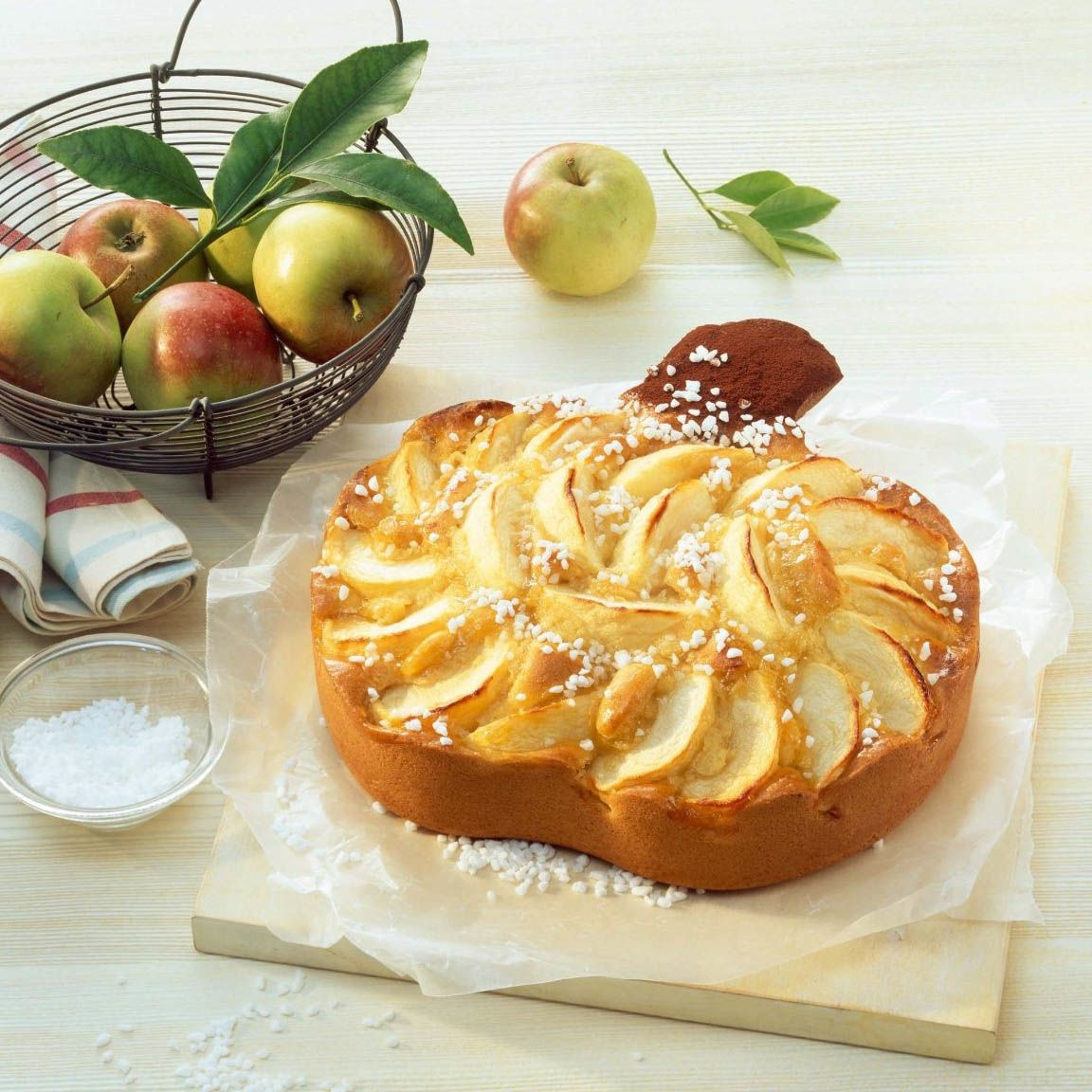 Форма-яблоко Kaiser Backform Apple Baking 26 см