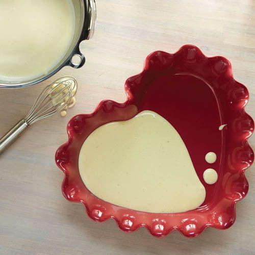 Форма-сердце Emile Henry Urban Colors Framboise с волнистым краем, фото